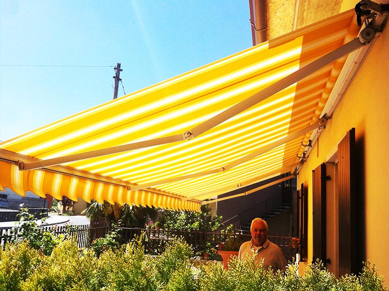 Sostituzione Tende Da Sole.Cambi Telo Tende Da Sole Tende Da Sole Verona Pergolati Verona